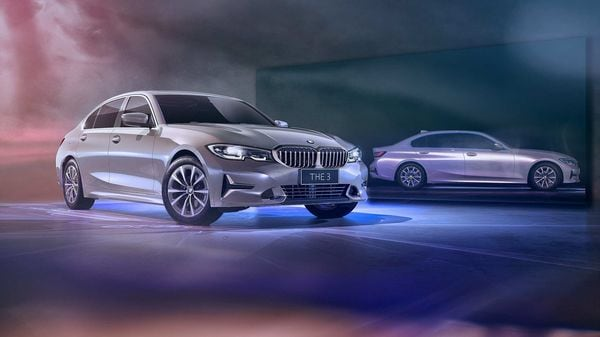 The new BMW 3 Series Gran Limousine is available in two attractive design schemes – Luxury Line and the exclusive M Sport First Edition.