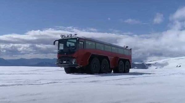 The Sleipnir promises to drive past any obstacle on a tricky Iceland terrain while ensuring comfort for passengers inside. (Image courtesy: Youtube/Atlantik Iceland)