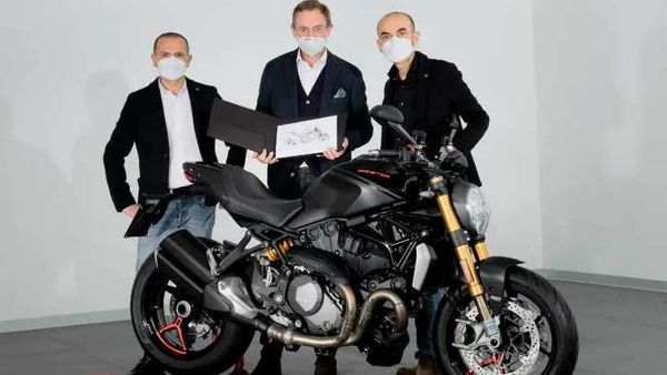 The 350,000th Ducati Monster featured a personalised 350,000 number plate and was given to the customer along with a certificate of authenticity signed by the Ducati CEO. Photo: Ducati