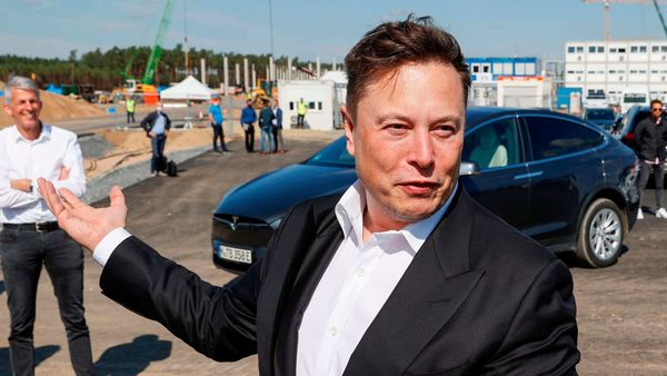 Elon Musk takes shot at Waymo boss for doubting Tesla's full self-driving system - HT Auto