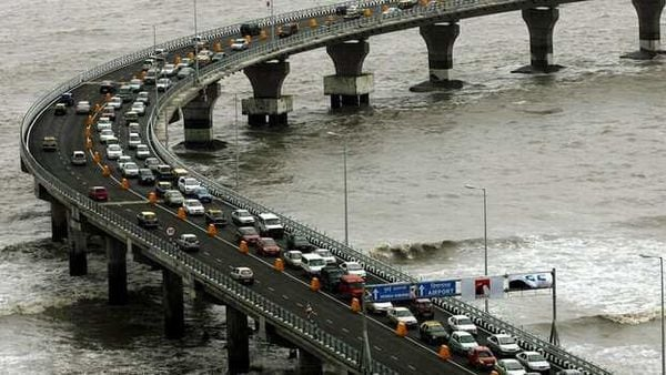 FASTag system will be fully implemented at Bandra-Worli Sea Link, expressway from today. (File photo) (REUTERS)