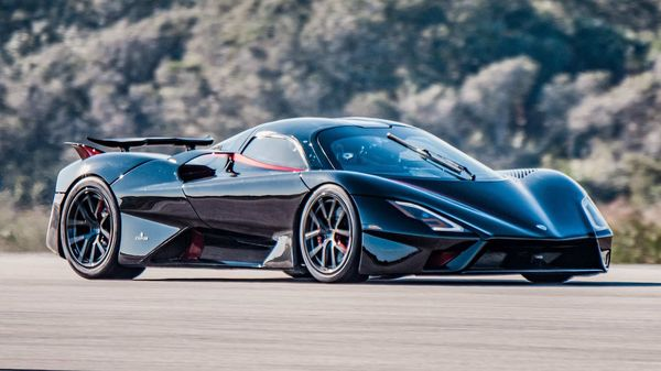 The SSC Tuatara has hit a claimed 282.9mph average during testing, making it faster than Koenigsegg's record-breaking Agera RS.