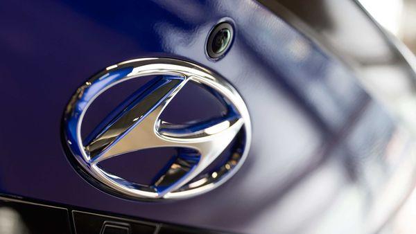 File photo - The Hyundai Motor Co. logo is displayed on the trunk of a Avante N Line sedan at the company's Motorstudio showroom in Seoul, South Korea. (Bloomberg)