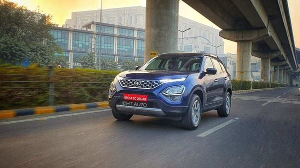 The Tata Safari once made the base for SUVs in India, and in the latest 2021 avatar, it has marked a return as a completely new and modern vehicle. (Image: HT Auto/Sabyasachi Dasgupta)