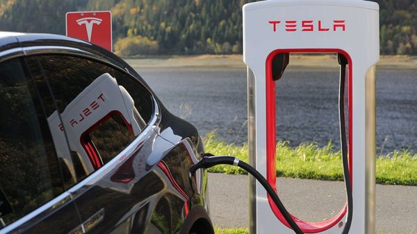 The European Union last week approved a plan that includes giving state aid to Tesla, BMW, and others to support the production of electric vehicle batteries.
