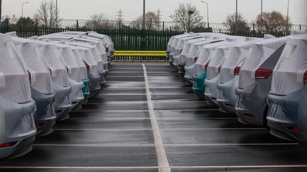 More chip shortage woes could hit carmakers, suppliers in 2021. (Bloomberg)