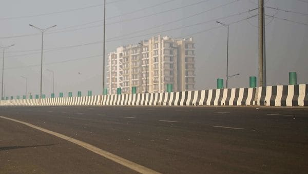 NHAI ties up with 200 IITs, NITs and engineering colleges for highway research. (File photo) (REUTERS)