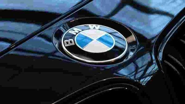BMW logo (REUTERS)