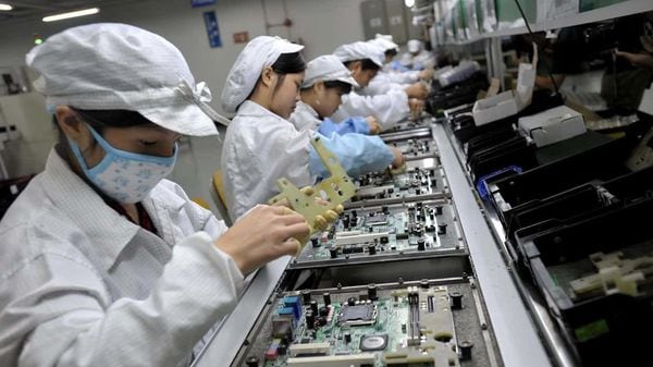 Foxconn set up a joint venture with Chinese carmaker Zhejiang Geely Holding Group Co. last month. Image: AFP
