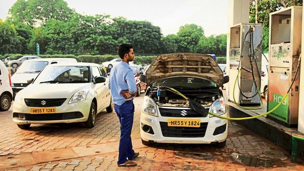File photo of cars getting CNG filled at a station in New Delhi. (MINT_PRINT)