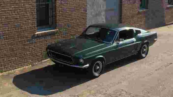 The-1968-Highland-Green-V8-Mustang-GT-390-Fastback-imortalized-by-Steve-McQueen-in-the-film-Bullitt-Photo-AFP