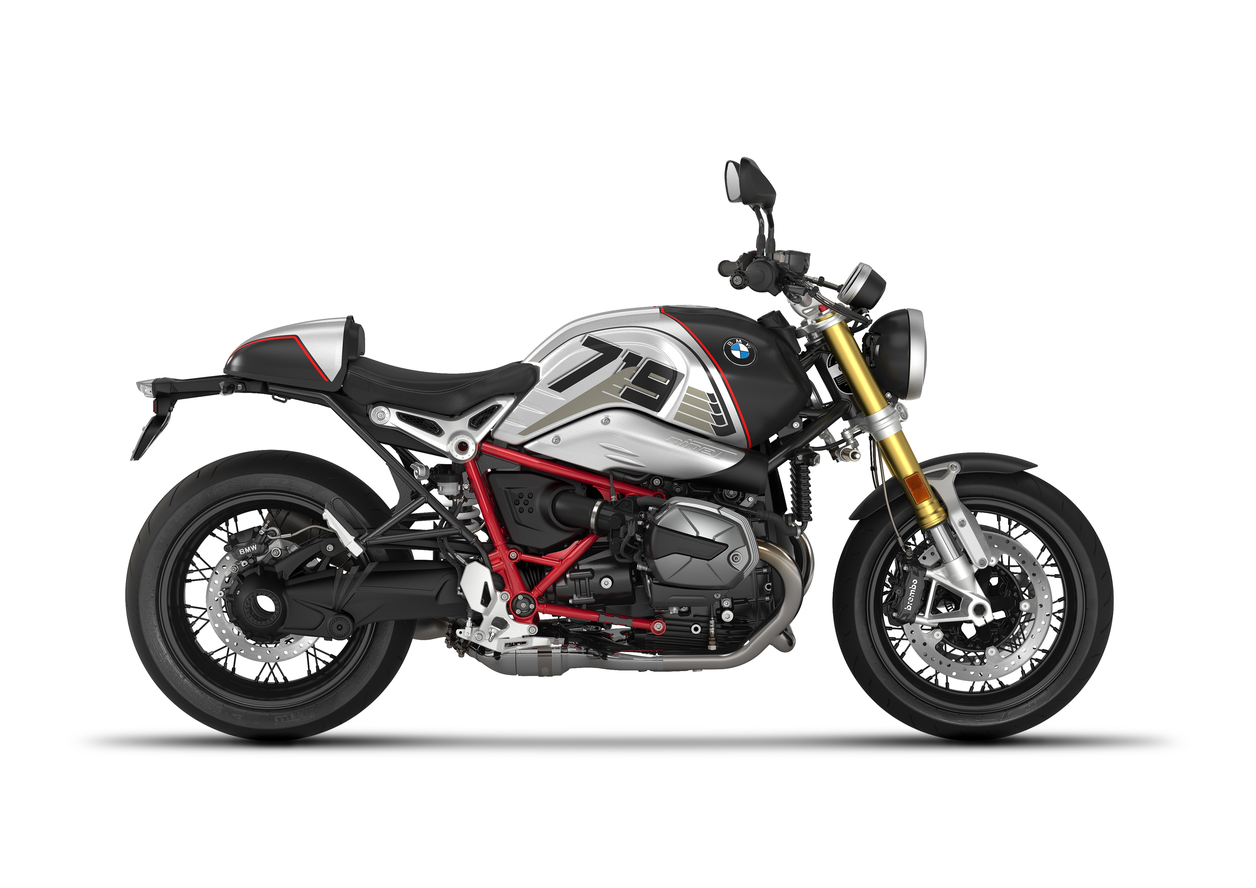 Both the motorcycles come based on the same 1,170 cc air/oil-cooled 2-cylinder four-stroke engine featuring DOHC cylinder head, four valves and two camshafts and shaft drive. (In pic: BMW R nineT in Night Black matt)