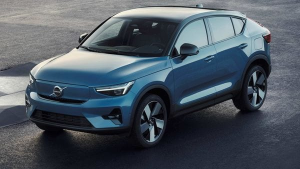 Volvo has launched the new all-electric C40 Recharge - its first product to be offered as an electric only model and first to be sold exclusively online.