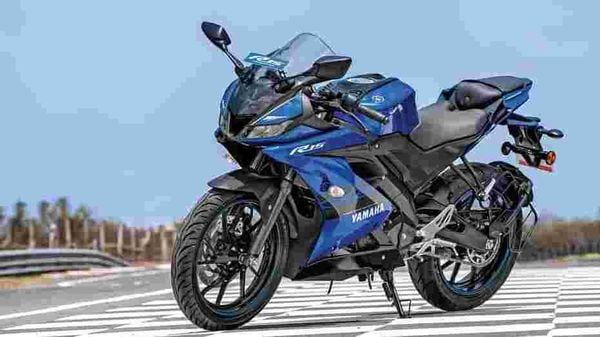 The third generation of the Yamaha YZF R15 has a balanced overall design.