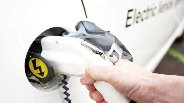 Estonia-is-touting-the-globe-s-first-fast-charging-network-for-electric-vehicles-Photo-AFP