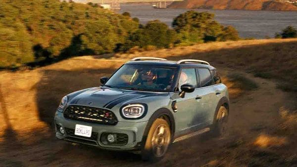 The 2021 Mini Countryman gets revised LED headlamps.