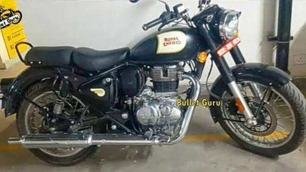 The new Classic 350 will be launched in India later this year. Image Credits: YouTube/ Bullet Guru