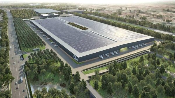 The roof of the factory will be covered with solar panels to help the company to produce its own power. Ola is also designing, engineering and manufacturing its own battery pack, motor, vehicle computer and software.