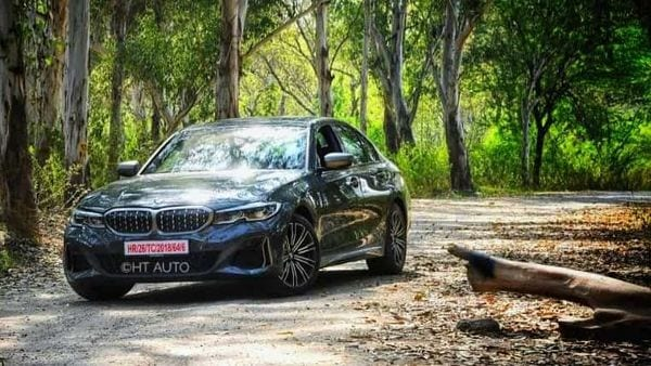 The BMW M340i takes the visual highs of the 3 Series and adds sporty touches all around. (HT Auto/Sanjay Rohilla)