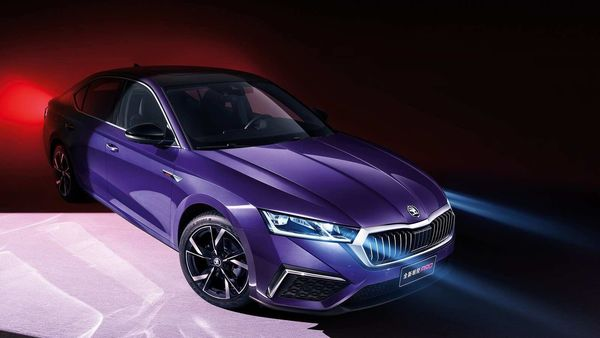 Skoda has launched Octavia Pro, a special edition of the fourth-generation sedan, in China.