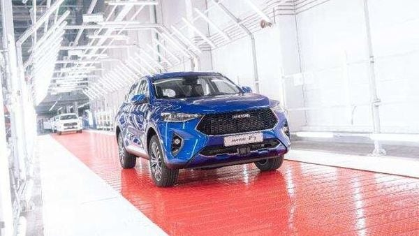 Photo of a Haval F7 SUV coming out of the assembly line at the carmaker's plant in Russia.