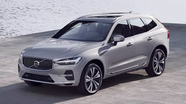 Volvo's popular SUV, the XC60, has undergone a number of upgrades and is ready to enter the assembly line. The facelift version, which will also come to India soon, is expected to go in production from May, and is likely to be launched some time this year.