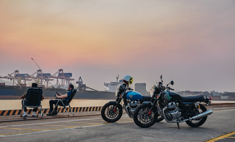 Overall, the new Royal Enfield Interceptor INT 650 comes with seven colour options, while the Continental GT 650 gets five new themes.