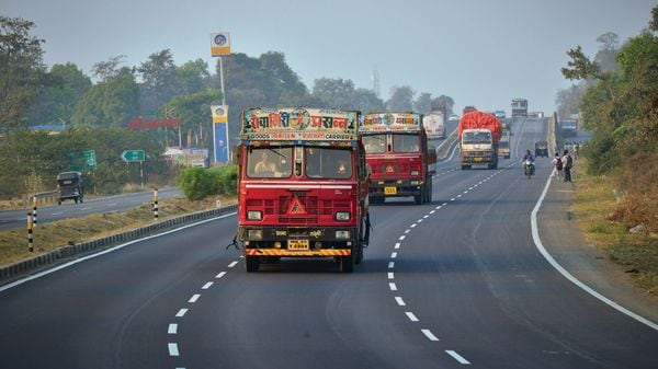 NHAI has already invited bids to develop 120 such wayside amenities. (MINT_PRINT)