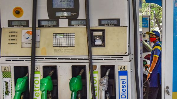 In metro cities across India, the change in prices of petrol and diesel from yesterday's prices range between 18-21 paise for petrol and 20-22 paise for diesel. (PTI)