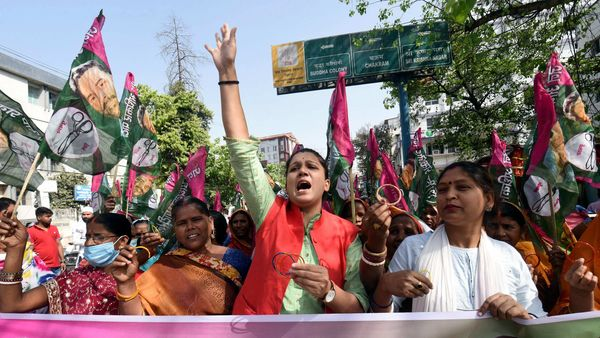 Patna: Jan Adhikar Party supporters raise slogans as they participate in a protest in support of a nationwide strike, called by farmers' unions against the three farm laws, in Patna, Friday, March 26, 2021. (PTI)