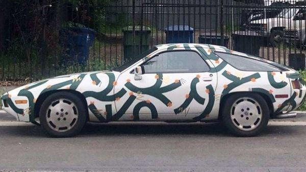 The Porsche 928 is hand-painted by Ethan Lipsitz. (Image: Craiglist)