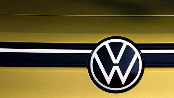 A VW logo is seen on a new Volkswagen ID.4 SUV electric vehicle. (File photo)