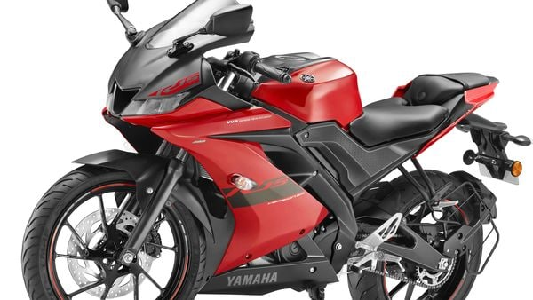 Yamaha has recently introduced the new Red Metallic paint scheme on the YZF R15 V3.0.