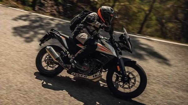 The new additional spoke wheels will finally complete the already capable package of the KTM 390 Adventure.