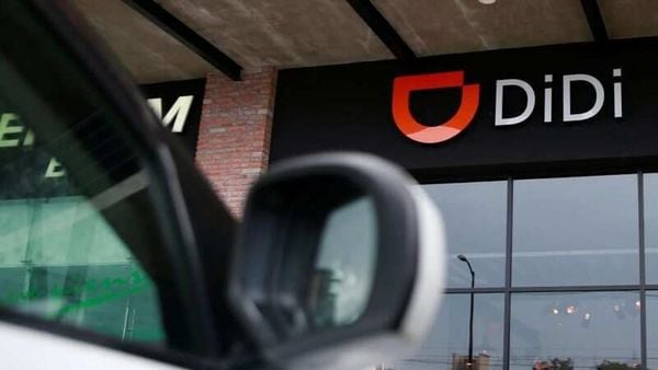 Didi, backed by SoftBank Group Corp., has signed a revolving loan facility with JPMorgan Chase & Co., Morgan Stanley, Goldman Sachs Group Inc., HSBC Holdings Plc, Barclays Plc and Citigroup Inc. (REUTERS)