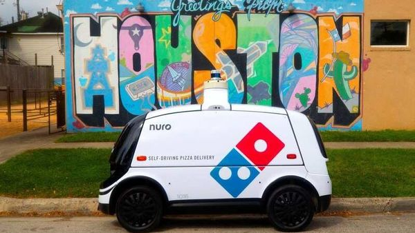 Nuro R2 robot vehicles could be your delivery partner for pizzas in the times to come.