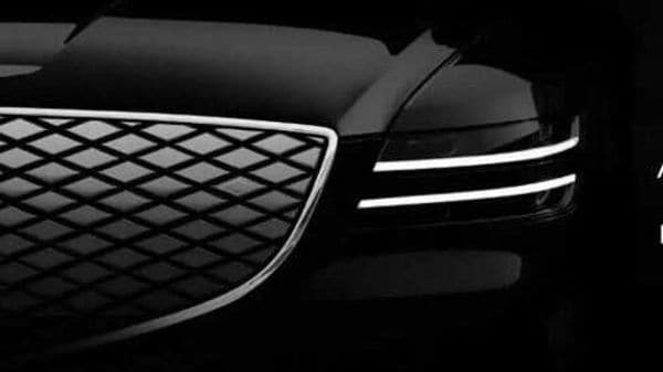 The front grille and the headlamp looks very similar to what the GV70e test mules had been spotted with.