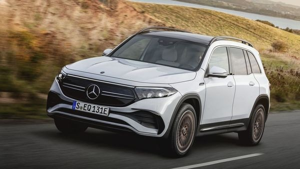 2022 Mercedes-Benz EQB debuts in China with AMG Line.