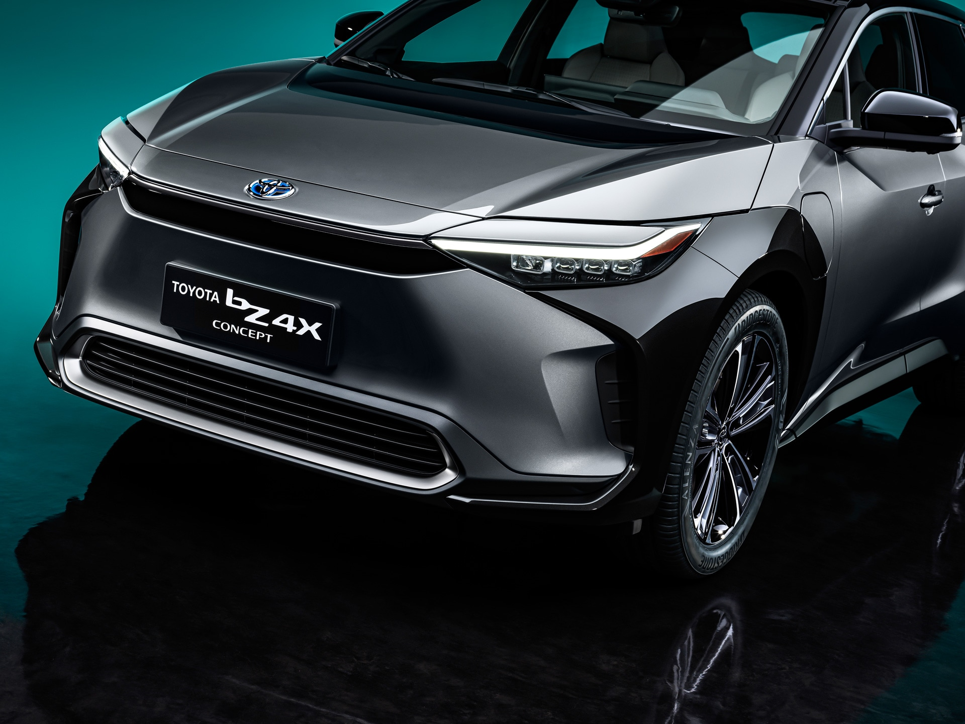 The car gets a sharp and bold looking front profile with multi-lamp LED headlamps, LED daytime running lights, a large air intake at the bottom. However, no conventional front grille is there considering it is an EV.
