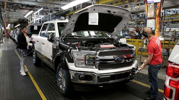 Ford Motor Co, Toyota Motor Corp and General Motors Co are among the top pickup truck makers globally. (REUTERS)