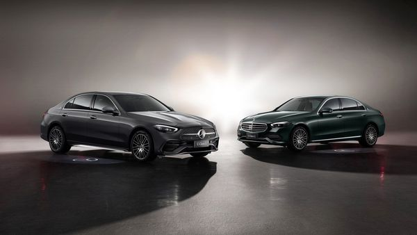 The Mercedes-Benz C-Class L is based on the new generation C-Class sedan.