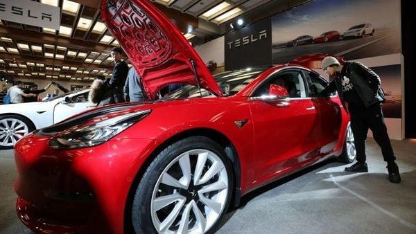 Late on Wednesday, China's market regulator urged Tesla to ensure product quality in the country, while the official Xinhua news agency said that Tesla's apology was