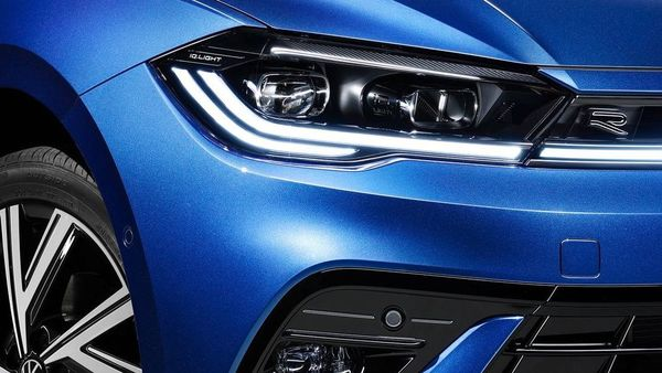 The LED headlights, which come standard, can also be equipped with the IQ.LIGHT matrix.