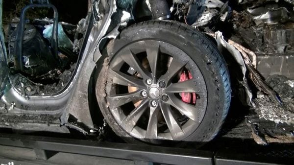 The remains of the Tesla Model S after it crashed in Texas on April 17. (File Photo) (via REUTERS)
