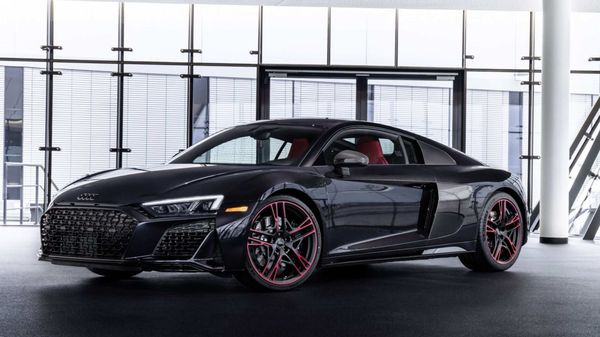 Audi R8 is one of the iconic sportscars from the German luxury car brand.