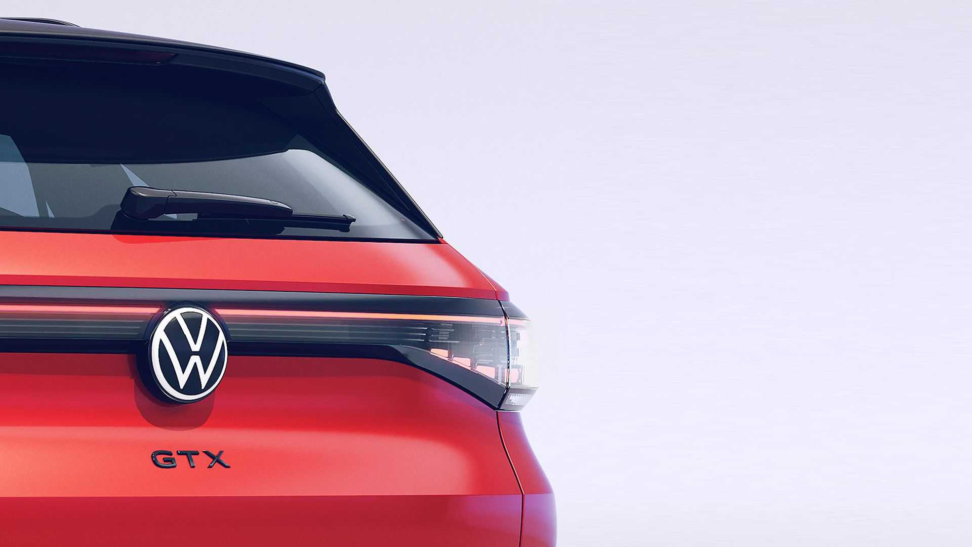 The rear profile of VW ID.4 GTX gets sleek LED taillights connected by a slim LED strip, while the roof spoiler adds sporty vibe.
