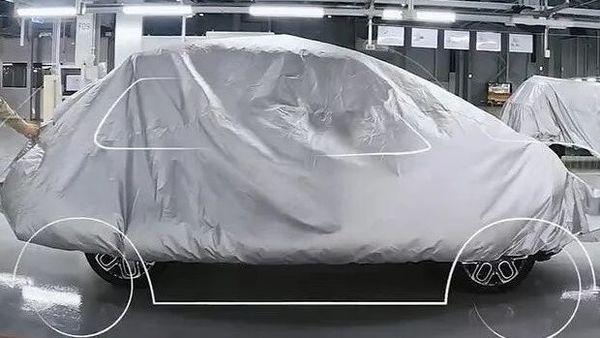 Hyundai AX1 micro-SUV inside the company factory. Image Credits: MC Oscar/cochespias.net