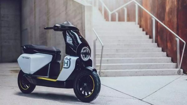 The new Vektorr and the E-Pilen concepts will be the flag bearer for Husqvarna's vision of green mobility.