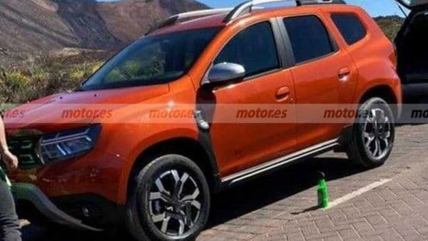 The seven-seat Renault Duster will be a more affordable option against the Tata Harrier and the upcoming Hyundai Alcazar. Image Courtesy: Motor.es