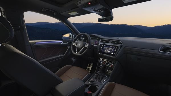 The interior of the Volkswagen Tiguan facelift SUV revealed, may carry similar features in the India-spec model too.